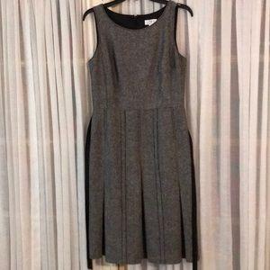 Dress Loft Sz 8 sleeveless back zipper winter fall